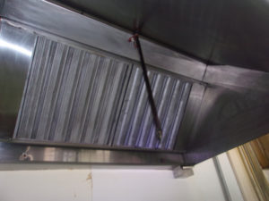 Vent hood at donut shop in Houston TX cleaned